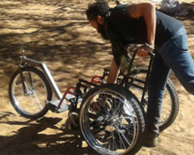 IDDS Botswana: The deep sand wheelchair in development.